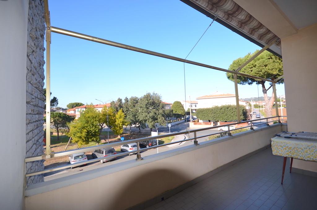 Rosignano Solvay 5 vani terrazza indipendente