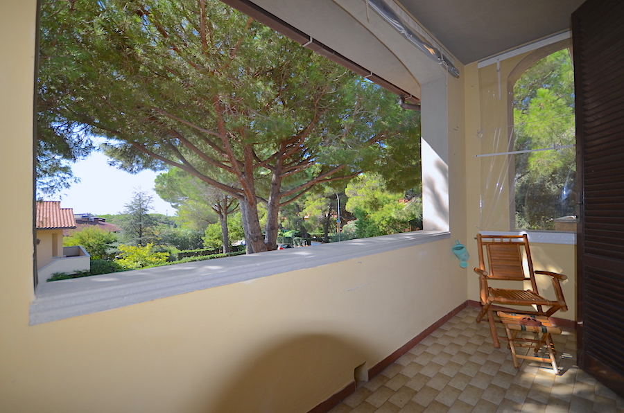 Castiglioncello Spianate monolocale con balcone e giardino