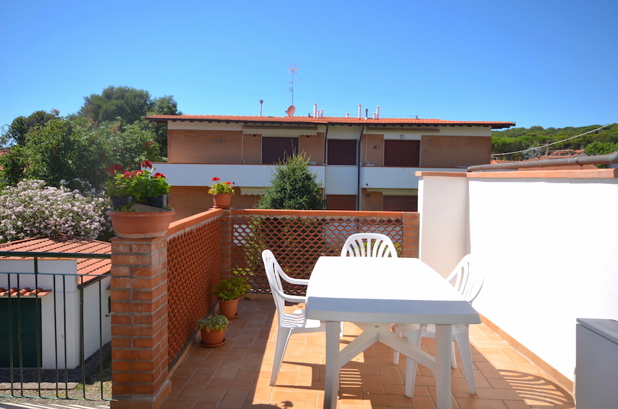 Castiglioncello 200 m from the sea, excellent first floor apartment